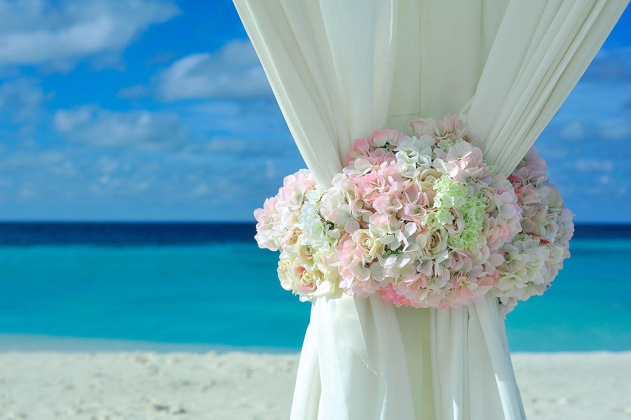 PB 1854072 1280 - Svatba na pláži: Co všechno je třeba zařídit
